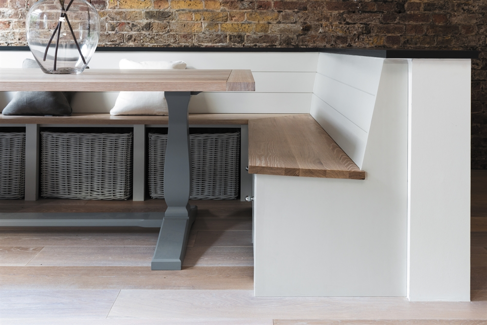 Dining tables malone smyth furniture kitchens for Perfect kitchen harrogate takeaway